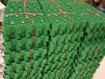 塑料植草格厂家为您介绍草坪植草格用于小型飞机跑道的施工方法