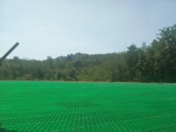 生态停车场用塑料植草格施工方法,草坪植草格施工注意事项?