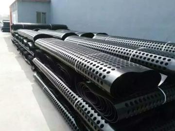 塑料夹层排水板_地下室顶板塑料排水板_塑料排水板价格报价