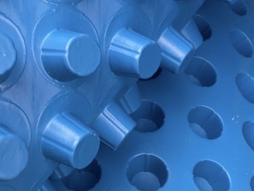 凹凸排水板产品规格_塑料排水板多少钱一平方米?