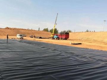 hdpe光面土工膜,防渗土工膜多少钱一平米,单糙面土工膜,