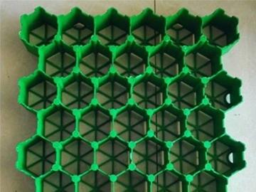 植草格的绿化作用,塑料植草格为人们提供了完全的绿化效果