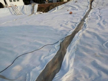 防渗复合土工防渗膜广泛应用于渠道防渗工程