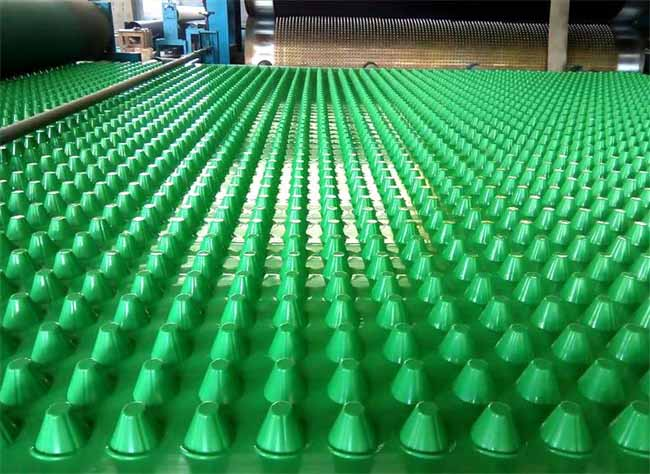 塑料排水板厂家_塑料排水板铺贴的几种方法?