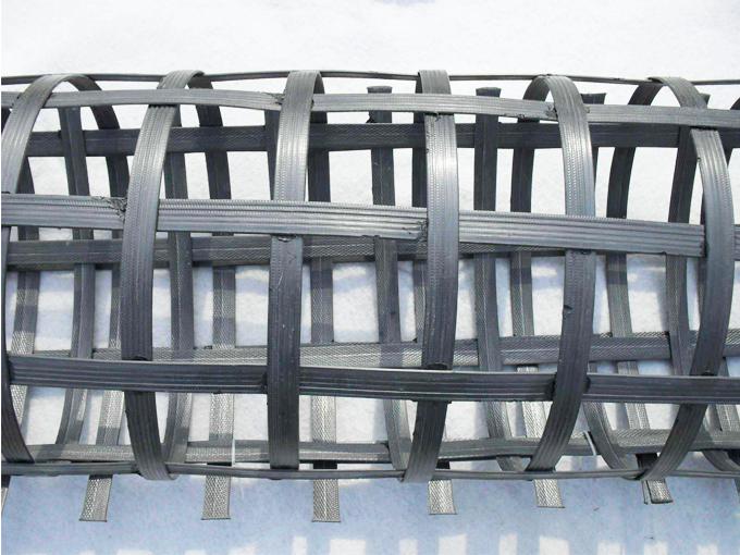 钢塑土工格栅为何在施工设计中被大量应用?