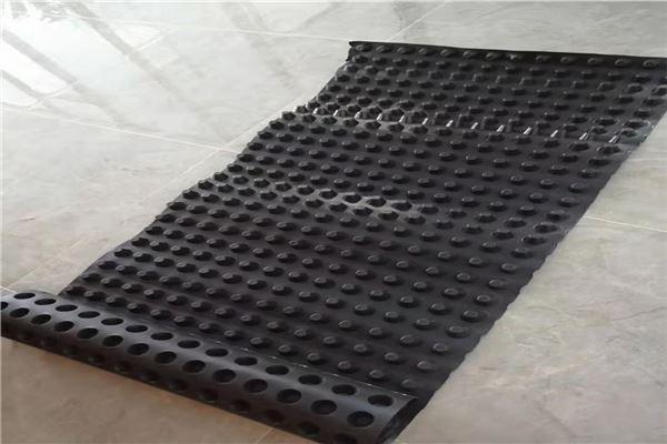 排水板怎么铺设?